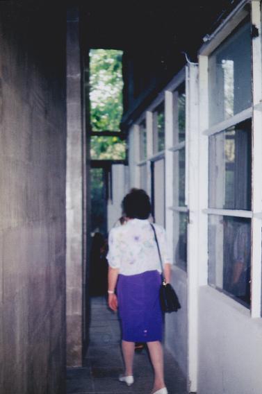 RAUM 06 Bezoekster